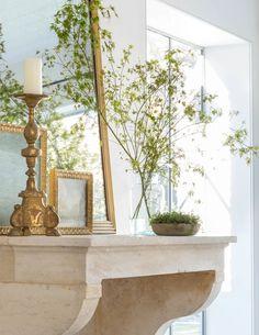 Atherton – GIANNETTI Ottawa Apartment, Patina Farm, White Decor, Decor Crafts, Oversized Mirror, Shabby Chic, Art Deco, Living Room, Elegant