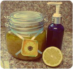 * Maria's Self *: DIY Craft: Homemade Natural Sugar Body Scrub Recipe (Paraben-free) with Honey, Lemon and Oil