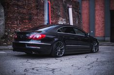 Take a look at the Beast ModeOn: Stealthy Black VW CC Featuring Crystal Clear Headlights photos and go back to customizing your vehicle with renewed passion. Vw Cc R Line, Passat Tdi, Fiat Uno, Vw Group, Vw Cars, Volkswagen Golf, Custom Cars, Cars And Motorcycles, Cool Cars