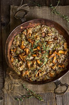 Creamy mushroom and leek quinoa risotto - protein packed quinoa replaces rice in this quicker and healthier risotto version, where mascarpone cheese gives it a nice buttery creaminess, and thyme infuses the dish with a warm spicy aroma. | www.viktoriastable.com