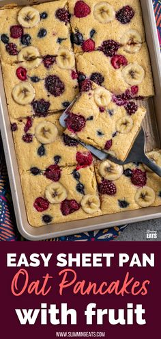 Sheet Pan Oat Pancakes - love pancakes but hate the flipping and standing at the stove? These easy sheet pan oat pancakes with berries and banana is the perfect effortless breakfast. Slimming World and Weight Watchers friendly Slimming World Garlic Bread, Slimming World Diet, Slimming Eats, Slimming World Recipes, Slimming Word, Low Calorie Recipes, Healthy Recipes, Fun Recipes, Healthy Meals