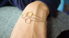 Hexagon Bracelet is available in Gold, Silver and Rose Gold. This bracelet is simple and dainty and can be worn every day or stacked with other pieces for a layered look. The Hexagon symbolizes Union and Balance! Which makes this for perfect Best Friends, Slave Bracelet, Heart Bracelet, Chain Bracelets, Etsy Jewelry, Jewelry Stores, Gold Anklet, Rose Gold Plates, Or Rose, Heart Charm