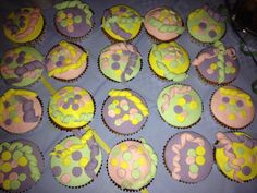 Mardi Gras cup cakes!!!