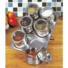 Hot Sale 6 Pcs Set Stainless Steel Magnetic Salt and Pepper Cruet Condiment Box Cooking Seasoning Bottle Tools