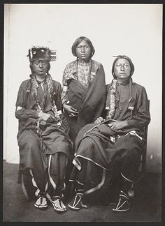 Unidentified members of the Arapaho Nation,1867. No additional information.