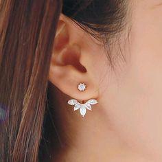 Style coréen et laisser un argent plaqué femmes boucles d'oreilles en cristal de mode déclaration boucles d'oreilles pour parti bien, Livraison gratuite E31 dans Clous d'oreilles de Bijoux sur AliExpress.com | Alibaba Group