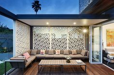 Types of outdoor privacy screen you can make at home dream house Outdoor Privacy, Outdoor Areas, Outdoor Rooms, Outdoor Living, Outdoor Furniture Sets, Outdoor Decor, Outdoor Pallet, Pallet Furniture, Antique Furniture