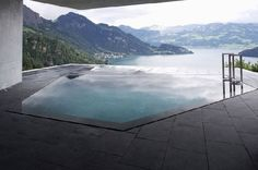 Yes, please! (Concrete House with Unique views by Ungertreina)