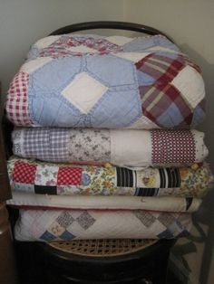 Never will i get tired of quilts :) ME EITHER!
