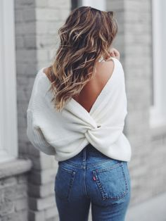 White Cross Back Plunging Neckline Fashion Pullover Sweater - Outfits Mode Outfits, Casual Outfits, Summer Outfits, Outfits For Women, Cozy Fall Outfits, Winter Sweater Outfits, Ärmelloser Pullover, Pullover Sweaters, Mode Ootd