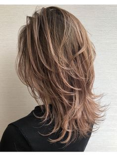Medium Hair Cuts, Medium Hair Styles, Long Hair Styles, Brown Shoulder Length Hair, Haircuts Straight Hair, Cabello Hair, Mullet Hairstyle, Shot Hair Styles, Short Grey Hair