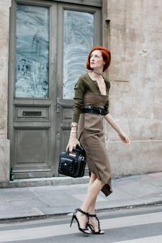 Street style à la Fashion Week printemps-été 2017 de Paris Taylor Tomasi Hill