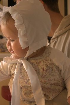 prudent baby bonnet tutorial