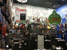 Guitar center time~