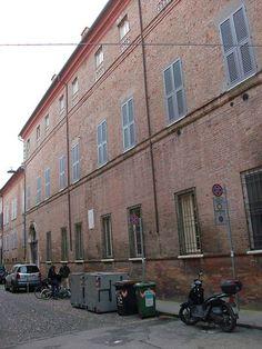 File:Ferrara Palazzo Aventi.JPG