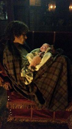 Sam Heughan as Jamie Fraser and Oona as Katherine Murray Outlander 2x08 BtS