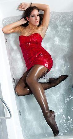 Wet Legs 18