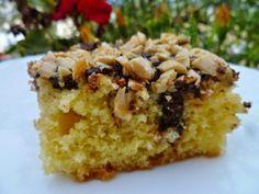 Συνταγή που κυκλοφορεί ευρέως στοδιαδίκτυο! Η συνταγή υπήρχε φυλαγμένη σε ένα τεφτέρι εδώ και χρόνια, την είχα δοκιμάσει πολύ παλιά κα... Greek Desserts, Sweets Cake, Cake Pops, Sweet Tooth, Cheesecake, Muffin, Brunch, Food And Drink, Favorite Recipes