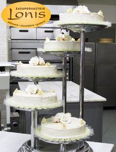 Πολυόροφη τούρτα γάμου #wedding #cakes Tiered Cakes, Vanilla Cake, Desserts, Food, Chocolate Factory, Tailgate Desserts, Deserts, Essen, Postres