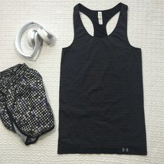 Under Armour Seamless Striped Racerback Tank Fitted heat gear tank, new without tags! Perfect for runs or yoga class. Under Armour Tops Tank Tops