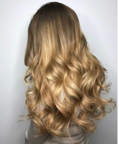 Hair extensions clip in highlights blondes 50 Ideas for 2019 Long To Short Hair, Short Hair With Bangs, Hairstyles With Bangs, Cool Hairstyles, Beauty Works Hair Extensions, Real Hair Extensions, Victoria Secret Hair, Bombshell Hair, Human Hair Clip Ins