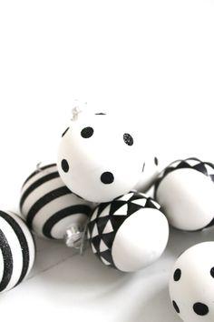 Suus Christmas With Kids Marble Angels Ensuus Blo Nl Black White Ornamentswhite