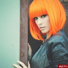 and orange hair :) http://vitalviralpro.com/mr/3525