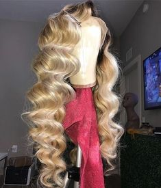 Shop our online store for Brown hair wigs for women.Brown Wig Lace Frontal Hair Brown Micro Braids From Our Wigs Shops,Buy The Wig Now With Big Discount. Blonde Hair With Highlights, Dark Blonde Hair, Blonde Wig, Black Hair, Blonde Waves, Wig Styles, Curly Hair Styles, Natural Hair Styles, Hair Styles Waves
