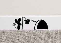 213B Mouse Hole Wall Art Sticker Washing Vinyl Decal Mice Home Skirting Board Funny by Black Country Vinyls: Amazon.it: Casa e cucina