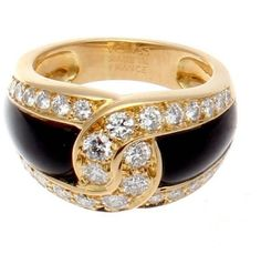 Van Cleef & Arpels 18K Yellow Gold Onyx Diamond Gold Ring