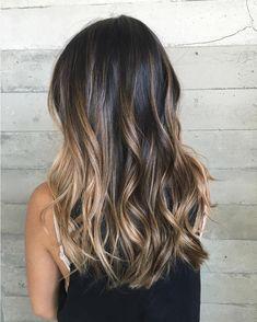 Dimensional Balayage and haircut #breebutterflyloft @butterflyloftsalon . . . @olaplex @framarint @saloncentric #salon #hair #balayage…