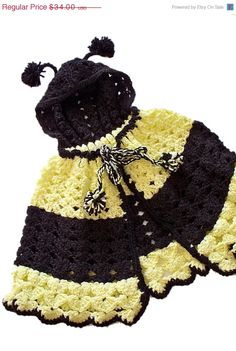 Blacks & Yellows of a bumble bees life by Vallee Rose on Etsy Crochet Bee, Crochet For Kids, Easy Crochet, Crochet Children, Bee Pictures, Bee Pics, Baby Bumble Bee, Bumble Bees, Crochet Photo Props