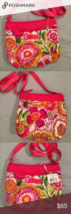 Brand New VERA BRADLEY waterproof purse! Brand New Vera Bradley purse!  Waterproof! Willing to bargain. Seller has matching wallet! Vera Bradley Bags Crossbody Bags