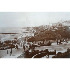 West Cliffs, Clacton-on-Sea Vintage Postcard Listing in the Essex,England,Topographical,Postcards,Collectables Category on eBid United Kingdom | 144668415