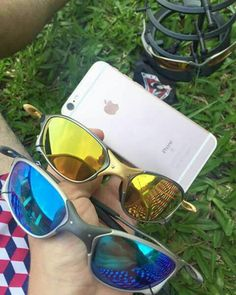 cbb02bdfc Oakley Juliet, Cool Sunglasses, Mirrored Sunglasses, Life Is Beautiful,  Tumbler, Photo