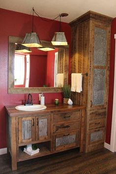 Rustic Bathroom Vanity – Reclaimed Barn Wood Vanity w/Barn Tin – Diy Bathroom Remodel İdeas Rustic Bathroom Designs, Rustic Bathroom Vanities, Rustic Bathrooms, Bathroom Ideas, Barn Bathroom, Bathroom Cabinets, Bathroom Renovations, Rustic Bathroom Lighting, Bathroom Organization