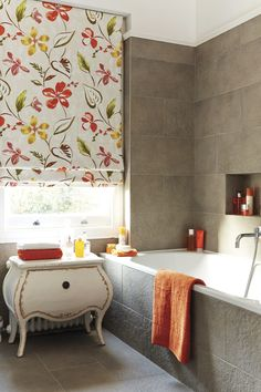 Not just for bedrooms or lounges, Roman Blinds also fit perfectly in bathrooms to add a glamorous touch.