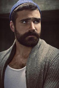Bearded men, chest hair... Perfection!