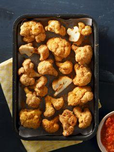 Κουνουπίδι πανέ στον φούρνο, με ντοματένια σάλτσα μουστάρδας • #allazoumesinithies | ΑΒ Βασιλόπουλος Ethnic Recipes, Food, Essen, Meals, Yemek, Eten