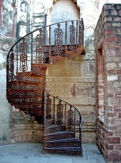 LIFE IS A SPIRAL - spiral Iron Staircase, Spiral Staircases, Rustic Staircase, Winding Staircase, Metal Stairs, Spiral Staircase Outdoor, Outdoor Stairs, My Dream Home, Doorway