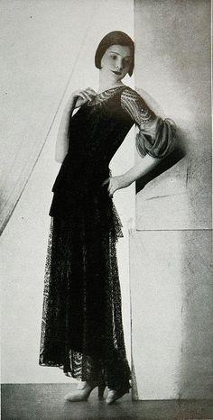 """Les Modes (Paris) 1931 """"Dernier Cri"""" Robe de Diner. Creation de Cheruit."""
