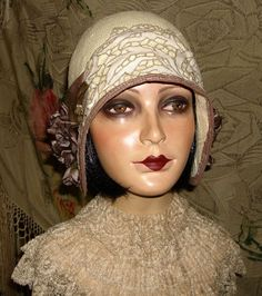 This hat would look absolutely adorable with a 1920s hairstyle such as a bob ...  my1920swedding.com