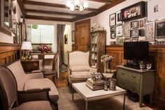 Charlotte's Sophisticated 300 Square Foot Studio