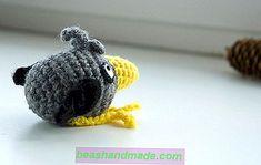 Temel köpek Amigurumi kroşe ücretsiz desen - Kolay Dekor Art Ideas, Crochet Necklace, Crochet Hats, Cool Stuff, Stitch Markers, Pin Cushions, Magic Ring, Crochet Hearts, Best Gifts