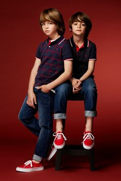 Leo & Dylan from Sugar Kids for Carolina Herrera Fall 2016 Young Cute Boys, Cute Teenage Boys, Kids Boys, Cute Kids, Step Children, Fashion Kids, Toddler Fashion, Outfits Niños, Kids Outfits