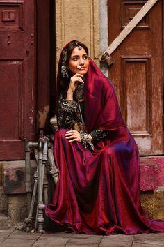 Neha Sharma in Rajasthani look - Bollywood actress Indian Photoshoot, Saree Photoshoot, Beautiful Girl Indian, Beautiful Indian Actress, Ethnic Fashion, Indian Fashion, Neha Sharma, Indian Designer Suits, Simple Sarees
