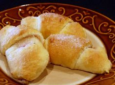 Yum... I'd Pinch That!   Raspberry Honey-Walnut Crescent Rolls. Quick, easy and delicious!