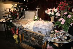 Bayshore Home Funerals: How to Save Money On Funerals