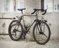 Fern is a small touring bicycle and component manufacturer based in Berlin - Germany. It was founded by two traveling cyclists / design graduates – Flo and Phillip – who after thousands of miles on the road together wanted to put their touring experi