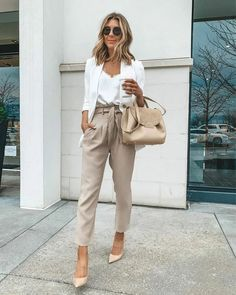 😃Need outfit inspiration? Here are this week's top 5 best work wear looks for young professional wom Summer Work Outfits, Casual Work Outfits, Mode Outfits, Work Casual, Classy Outfits, Fashion Outfits, Curvy Outfits, Stylish Outfits, Casual Summer